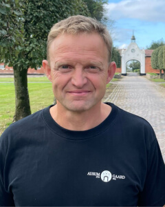 </p> <h4>Svend Erik Simonsen</h4> <p>